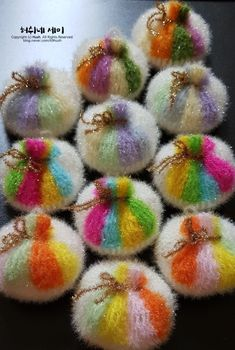 이○○님께 가는 복주머니뽕 : 네이버 블로그 Bubble, Crochet Accessories, Hand Knitting, Knit Crochet, Fabric, Breien, Tejido, Tela, Ganchillo