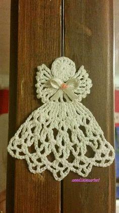 virkkaus, virkattu valopallo, pitsipallo, käpypitsi pallo, käpypitsi, crochet, tatting, horse, hevonen, crocheted lace ball ornament, Crochet Angel Pattern, Crochet Leaf Patterns, Crochet Angels, Crochet Leaves, Christmas Crochet Patterns, Christmas Knitting, Crochet Motif, Crochet Stitches, Knit Crochet
