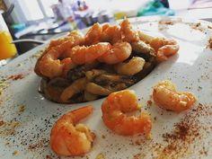 Risoto negro com Camarões 3G e frutos do mar, sugestão do Chef... . Permita-se surpreender!!! . #food #foodie #chef #chefsoninstagram #yummy #gastronomia #gastronomiabrasilia #foodporn #restaurantesbsb #brasilia #brasiliacapital #comerbem #instafood #instagram #jantarromantico #lovegoumert #comerbem #Nhoquebolonhesa #lovegoumert #fotosdepratos #comerbem #ondecomerbrasilia #aguasclaras #gastronomia #gastronomiaetc #altagastronomia #gastronomiabrasilia #gastronomiabsb #instagastronomia…