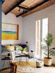 Un piso reformado de 40 m2 con encantadores techos abovedados