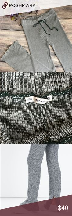 Zara Knit Hunter green flared ribbed trousers sz M Meet Britt. From Zara Knit, she's a hunter green and white knit flared trouser with great texture that elevates her from just a drawstring pant to cool fashion status. Ribbed waistband, drawstring, wide leg that is cut and edged to give it movement and grace. A knit of viscose and polyamide, she's soft and structured and ready for your weekend wear. Machine washable. Size medium. (N1) Offers warmly received. Zara Pants