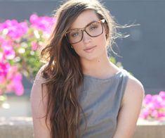 ¿Usas gafas? 5 hechos que te hacen más atractiva - Gato con Gafas