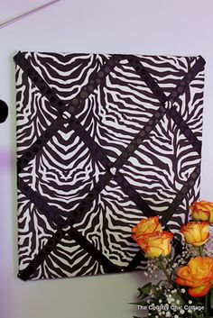 Zebra Themed Teen Room We need a photo board so that we can get all of the photos of our family members off the refrigerator. Source by bridgetecreates. My New Room, My Room, Girl Room, Zebra Print Bedroom, Zebra Decor, Teen Girl Bedrooms, Zebra Bedrooms, Bedroom Themes, Bedroom Ideas