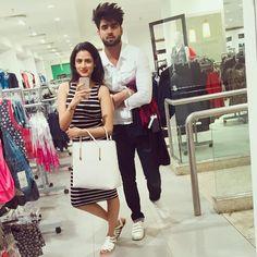 Bestie ❤️ #mrkhamba #mumbai @inderchahalofficial Girly Pictures, Couple Pictures, Couple Posing, Couple Shoot, Punjabi Profile Pic, Crazy Girls, Cute Girls, Oshin Brar, Cute Indian Boys