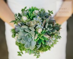 Succulents #weddingbouquet