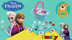 La cesta de picnic de frozen incluye 25 accesorios: platos de Elsa,  Ana y Olaf, cucharas, tazas y mucho más.  This is the coolest lunchbox ever. The type of lunches I can make with my 5 year old sons are endless. It incluyes Elsa, Anna and Olaf dishes and much more up to 25 accessories.