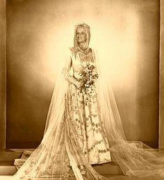 Lace Wedding, Wedding Dresses, Fashion, Places, Bride Dresses, Moda, Bridal Gowns, Fashion Styles, Weeding Dresses