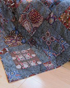Aboriginal fabric quilt   Flickr - Photo Sharing!