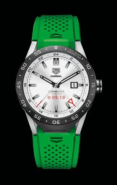 TAG Heuer Unveils Its Connected Smartwatch Built With Intel and Android Wear High End Watches, Cool Watches, Watches For Men, Men's Watches, Wrist Watches, Tag Heuer Monaco, Android Wear, Online Watch Store, Beautiful Watches