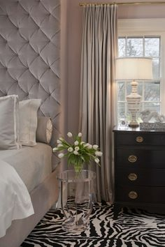 Savor Home: Just A Dreamy Bedroom...!
