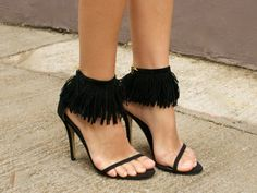 Adore the fringe on these sandals xx
