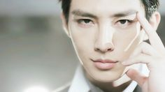 Aaron Yan.. His lips are one of the most irresistible lips on world