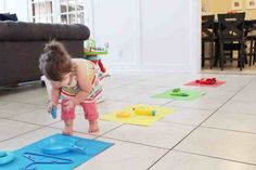 Fun Activities to Help Your Toddler Learn Colors! - Little Learning Club Baby Learning Activities, Activities For 1 Year Olds, Fun Activities For Toddlers, Infant Activities, Preschool Activities, Kids Learning, Work Activities, Learning Process, Toddler Schedule
