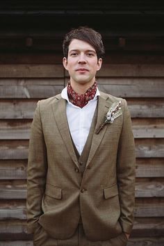Tweed suit and ascot tie under the collar. Love this look! | Groom Style: Tweed For A Fall Wedding