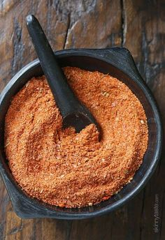 Homemade Sazon Seasoning Mix from SkinnyTaste: This spice blend makes everything taste better – and making it from scratch means NO MSG! Sazon Seasoning, Seasoning Mixes, Goya Seasoning Recipe, Goya Sazon Recipe, Seafood Seasoning, Homemade Spices, Homemade Seasonings, Spice Blends, Spice Mixes