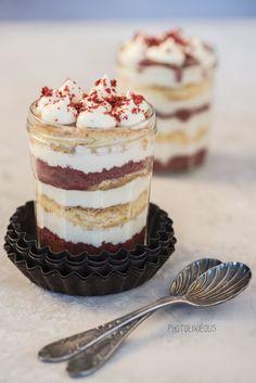 """Happy Birthday """"Feines Handwerk"""" - bunter Kuchen aus dem Glas [Werbung]"""
