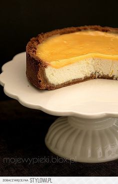 Sernik z lemon curd/lemon curd cheescake No Bake Desserts, Delicious Desserts, Yummy Food, Cupcakes, Cupcake Cakes, Sweet Recipes, Snack Recipes, Biscuits, Curd Recipe