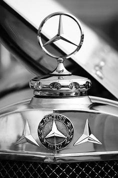 1929 Mercedes-benz Ss Barker Roadster Hood Ornament - Emblem - Mercedes-Benz Photographs - by Jill Reger