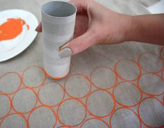 Finally a use for all of the tubes I just can't part with. Use an empty toilet paper roll to print your very own fabric! Finally a use for all of the tubes I just can't part with. Use an empty toilet paper roll to print your very own fabric! Fun Crafts, Diy And Crafts, Crafts For Kids, Arts And Crafts, Paper Crafts, Simple Crafts, Fabric Crafts, Children Crafts, Canvas Crafts