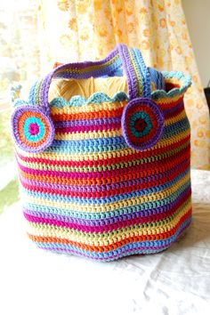 https://flic.kr/p/8JdJj7 | big happy bag | blogged This weekend I got reacquainted with hook and yarn whilst nursing a cold on the couch.  Pattern by Attic 24 attic24.typepad.com/weblog/crochet-bag.html