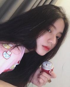 #baukrysie Ulzzang Girl Selca, Ulzzang Kids, Ulzzang Korean Girl, Pretty Korean Girls, Cute Korean Girl, Asian Girl, Pretty Asian, Korean Makeup Look, Teen Girl Photography