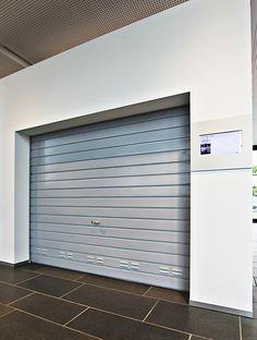 Ausstellungszentrum 2.0: Info-Displays im Hörmann Forum. (Digital Signage/komma,tec redaction)