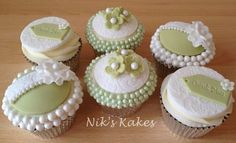 Vintage Pearl Thank You Cupcakes