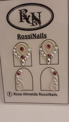 42 Ideas for nails design frances rhinestones Swarovski Nails, Crystal Nails, Rhinestone Nails, Bling Nails, Chrime Nails, Gem Nails, Hot Pink Nails, Love Nails, 3d Nail Designs