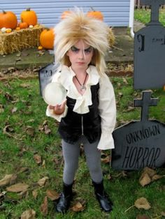 I will SO make my kid dress up as the goblin king for halloween!