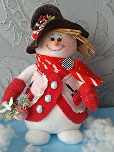 Одноклассники Felt Christmas, Christmas Snowman, Christmas Time, Christmas Wreaths, Christmas Crafts, Christmas Decorations, Christmas Ornaments, Holiday Decor, Sock Snowman