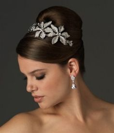 Lovely Cute Hairstyles to Wear to A Wedding
