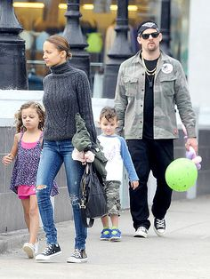 Star Tracks: Tuesday, January 28, 2014 | THE COOL CREW  | The gang's all here! Nicole Richie leads the way after she, husband Joel Madden, 6-year-old daughter Harlow and 4-year-old son Sparrow leave a Santa Monica, Calif., park on Sunday.