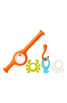 Reel in tons of fun at bath time with the Boon CAST Fishing Pole Bath Toy. Featuring a vibrant orange fishing reel with weighted hook, your little one will have fun catching the 3 adorable sea creatures as they float by in the tub. Toddler Toys, Kids Toys, Baby Cast, Baby Bath Toys, Toys R Us, Baby Store, Early Learning, Learning Toys, Bath Time