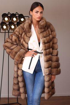 Sable Fur Coats in Italy Diva Fashion, Fashion Outfits, Womens Fashion, Petite Fashion, Fashion Bloggers, Style Fashion, Fashion Trends, Sable Fur Coat, Fur Coat Fashion