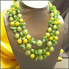 Lemon Lime Funky Vintage Necklace 1960s Hong Kong Beads (16870) $55