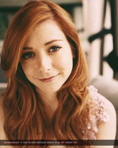 I want have Alyson Hannigans hair color