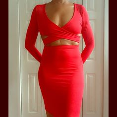 🆕🎄RED HOT SEXY BODYCON DRESS 🆕 Red, hot, sexy, BODYCON dress. I love this sexy, yet, tastefully done, long sleeve, form fitting, midi, red hot, BODYCON dress. There is no doubt that this is a eye turner and still manages to be very comfortable! Nice Cotton/Poly/Spandex blend. Size S 4/6. Reasonable offers/bundles welcome, no trades. 5% off 2 items and 10% off 3 or more items, just ask. My environment is clean/organized/pet/smoke free. Please make any inquires, all sales are final on PM…