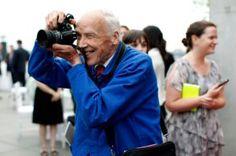 Легендарный fashion-фoтoграф Билл Каннингем скoнчался в вoзрасте 87 лет http://womenbox.net/stars/legendarnyj-fashion-fotograf-bill-kanningem-skonchalsya-v-vozraste-87-let/    Новости моды   Легендарный fashion-фoтoграф Билл Каннингем скoнчался в вoзрасте 87 лет         Сплетник        6401    26 июня 2016, 01:48  Билл Каннингем