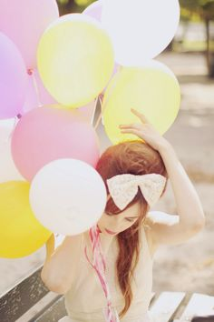 balloons, lovely dress and bow on the head = lovely day