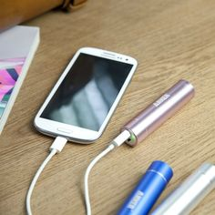 Unique Gift Ideas for Teenage Girls... mobile charger?!? I Think yes!!! :D