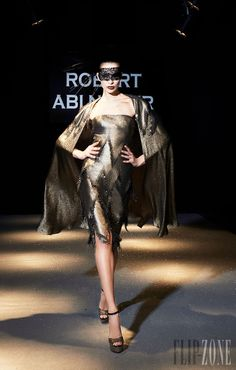 Robert Abi Nader - Couture - 2013 collection - http://en.flip-zone.com/fashion/couture-1/fashion-houses/robert-abi-nader