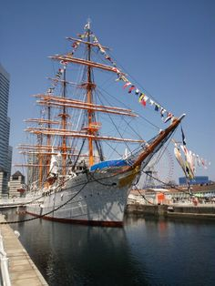 Built in 1930, Nippon Maru is a retired sailing ship that is permanently docked at Minato Mirai and is open to the public. Across from the ship is the Yokohama Port Museum.