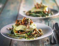 Open ravioli of mushrooms with spinach - Open ravioli of mushrooms with spinach - Gnocchi Recipes, Pasta Recipes, Mantu Recipe, Wassail Recipe, Scallop Recipes, Always Hungry, Food Presentation, Italian Recipes, Food Inspiration