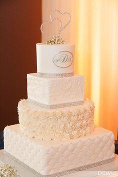 Wedding cake by Cake Designers of Longwood Florida.  Photo by DSWfoto of Orlando.