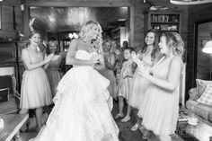 Nantucket Wedding. Barntucket. Charlotte and Ben Mann. Katie Kaizer Photography. Hayley Paige Guindon Gown.