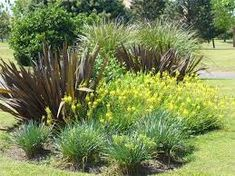 Resultado de imagen para canteros de jardin modernos