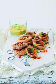Ingredience: vepřová panenka 2 kusy, hořčice dijonská 3 lžíce, koriandr 1 hrst, šťáva limetková 1 kus, paprička chilli červená 1 kus, česnek 4 stroužky, kmín římský 1 lžička (drcený), skořice 1 lžička, olej olivový 3 lžíce, sůl, pepř. Shrimp, Meat, Food, Essen, Meals, Yemek, Eten