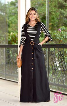 Muslim Fashion, Hijab Fashion, Fashion Dresses, Stylish Dress Designs, Stylish Dresses, Casual Dress Outfits, Skirt Outfits, Indian Designer Outfits, Designer Dresses