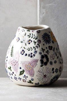 Windswell Vase by Dorotea Ceramics