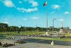 Rizal Park, Manila. 1978 Rizal Park, Jose Rizal, Philippines Culture, Pinoy, Manila, Old Photos, Past, Dolores Park, Places